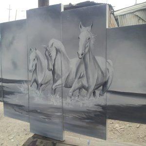 5-panel-horse